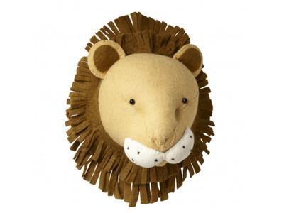 101203_01_Fiona Walker - lion.jpg